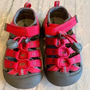 Keen Newport H2 Sandal Toddler Girl 8 Waterproof